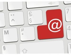 Retrouver une adresse mail