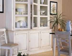 Un mobiler classique pour une salle à manger provençale