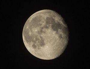 """L'ESA projette d'installer dans les décennies futures un """"village"""" sur la Lune"""