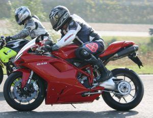 Moto : assurance et sécurité