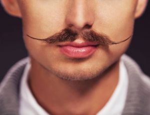 Movember : luttez contre les cancers masculins avec une moustache