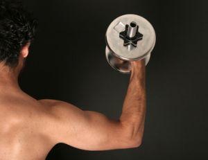 Muscler ses deltoïdes