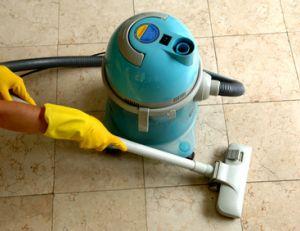 Nettoyage et entretien des différents sols de la maison