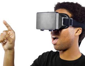 Facebook est propriétaire d'Oculus Rift et compte bien mettre la technologie au profit de son réseau social...