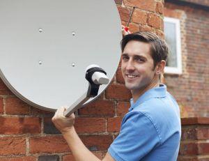 Régler l'orientation d'une parabole avec un pointeur satellite