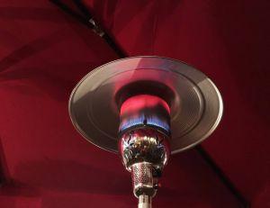 Parasols chauffants à gaz : fonctionnement et avantages