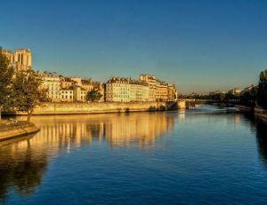 L'Ile de la cité à Paris, sous la canicule - copyright Flickr de Olympe B.