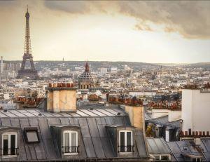 Laurent Fabius souhaite réunir 1 milliard d'euros pour redynamiser le tourisme en France d'ici 2020