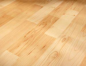 un parquet en bois clair
