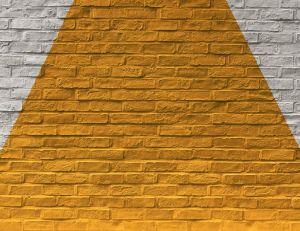 Peindre sur de la pierre : choix de peinture et outils nécessaires