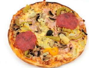 Recette de la pizza aux fonds d'artichauts