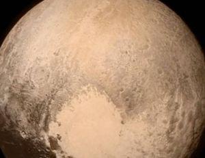 Photo de Pluton prise par New Horizons, à 768 000 km de distance - copyright NASA