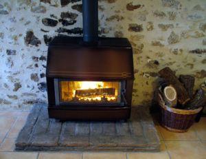 Découvrir le chauffage par le poêle à bois