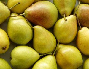 Consommer régulièrement des poires permet-il vraiment d'éliminer l'alcool plus rapidement ?
