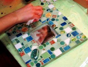 Poser le joint sur votre mosaïque