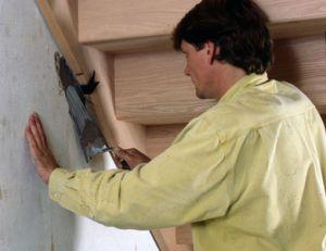 Poser une rambarde d'escalier
