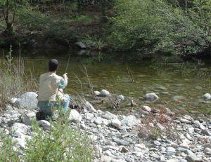 La cuiller permet de pêcher à distance