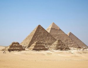 La technologie infrarouge capable de révéler les secrets des pyramides ? - copyright Wikimedia Commons / Ricardo Liberato