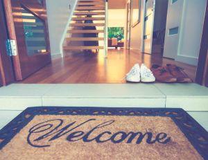 Quel genre de paillasson placer à l'entrée de sa maison ? iStock / Courtney K