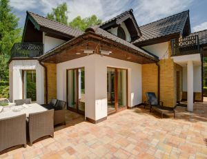 quel rev tement choisir pour le sol de votre terrasse. Black Bedroom Furniture Sets. Home Design Ideas