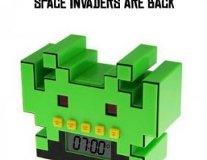 Radio-réveil Space Invaders
