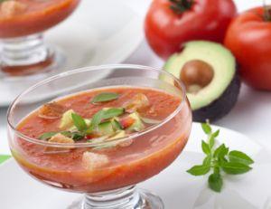Le gaspacho tomate avocat