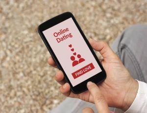 Faire des rencontres grâce aux smartphones