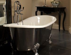 Peindre une baignoire ancienne - Credit photo : masalledebain.com