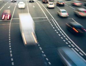 Vivre à proximité des gros axes routiers augmenterait les risques de leucémie, chez les enfants