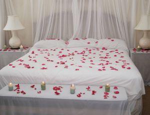 Saint-Valentin: customisez votre chambre à coucher pour la fête des amoureux