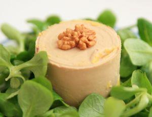 Salade mâche, foie gras et poire