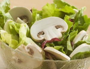 Salade péruvienne à la sauce d'anchois