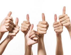 Savoir-vivre : comment faire (et recevoir) des compliments ?/ iStock.com - Saovadee