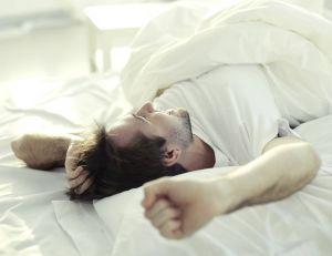 mieux dormir 5 choses faire avant d aller au lit. Black Bedroom Furniture Sets. Home Design Ideas