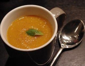 Soupe au potiron et aux châtaignes.