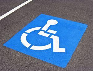 Stationnement réservé aux personnes invalides
