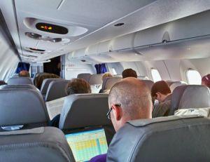 Connaître le métier de steward et d'hôtesse de l'air