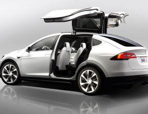 Aperçu du Tesla X présenté mardi 29 septembre par Elon Musk © Tesla