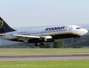 Un avion de la compagnie Ryanair - wikimedia commons