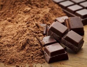 Un carré de chocolat noir, un bon allié pour le coeur - iStockPhoto