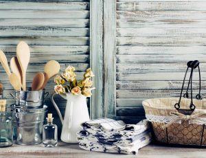 Un intérieur de petite ferme/ iStock.com - Svetl