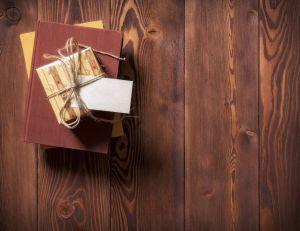 Vendredi Lecture : et si on offrait une box littéraire à sa maman ? / iStock.com -eskamilho