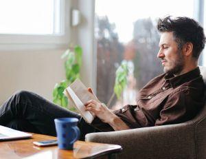 vendredi lecture les livres qui d veloppent votre bien tre au bureau. Black Bedroom Furniture Sets. Home Design Ideas