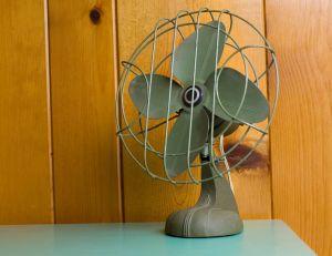 chaleur comment bien choisir son ventilateur. Black Bedroom Furniture Sets. Home Design Ideas