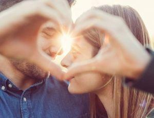 Vie de couple : les 4 étapes importantes / iStock.com -martin-dm