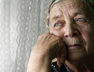 Comprendre la solitude des personnes âgées