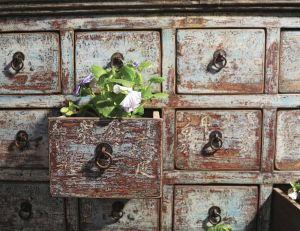 Redonner vie aux vieux meubles pleins de charme