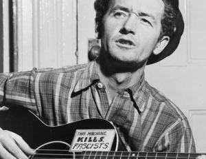 Woody Guthrie, un des grands noms du Folk