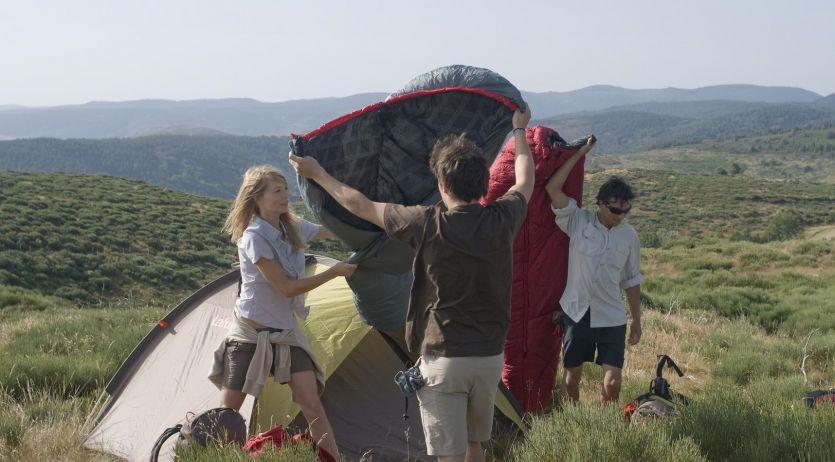 Choisir son sac de couchage pour le camping © Lafuma