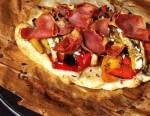 Recette de la pizza aux aubergines, aux poivrons et à la feta